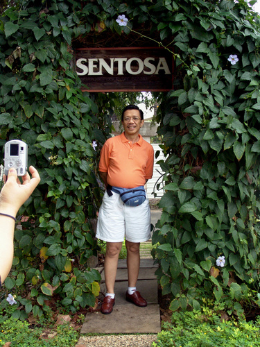 "Brother Eliseo Soriano in Singapore's World Famous ""Sentosa"