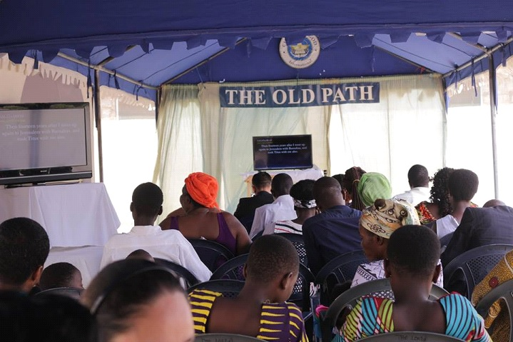 Guests and Church members in Africa gathered to listen to the January 26 Worldwide Bible Exposition hosted by MCGI Over-all Servants Bro. Eli Soriano and Bro. Daniel Razon. Courtesy: Rico Rivadenera | Photoville  International