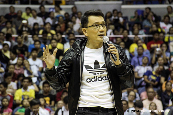 Kuya Daniel Razon gives his opening remarks before the crowd of UNTV Cup Season 2 at Smart-Araneta Coliseum in Quezon City.