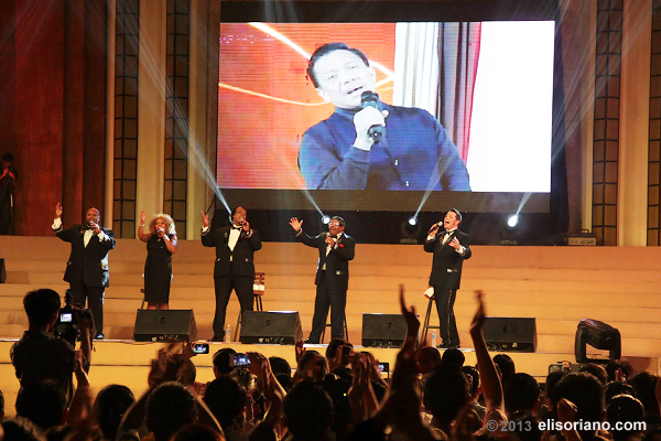 "Bro. Eli and the World Famous Platters sing their hearts out in the song ""Smoke Gets In Your Eyes."" The concert last March 31 aimed at supporting the charity projects Bro. Eli started many years ago."